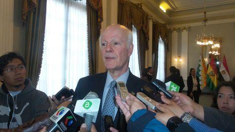 El embajador de Brasil en Bolivia, Raymundo Santos en declaraciones a la prensa.