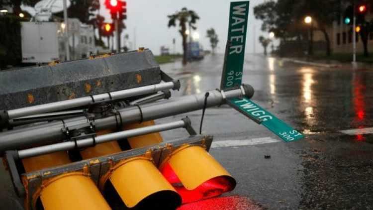 El huracán Harvey se degradó este sábado a categoría 1