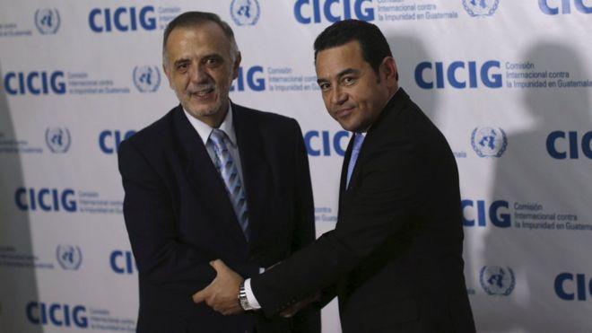 Corte Constitucional de Guatemala suspende la orden del presidente Jimmy Morales de expulsar del país al jefe de la misión anticorrupción de la ONU, Iván Velásquez