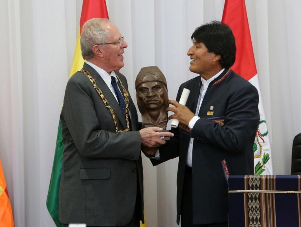 Kuczynski anuncia que Evo Morales visitará el Perú