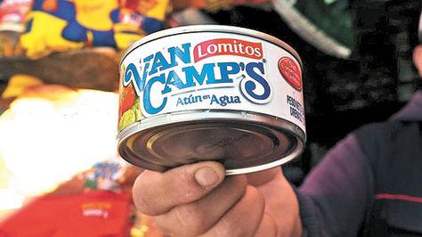 Latas de Lomitos Van Camp's Atún que se comercializan en La Paz.