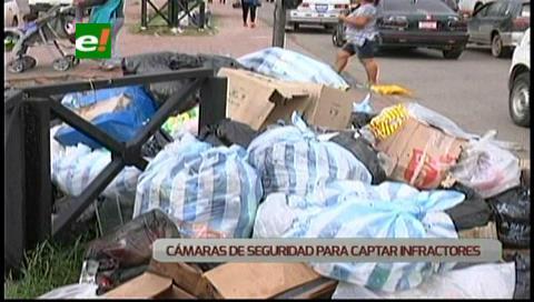 Municipio cruceño fiscalizará a quienes arrojen basura en las calles
