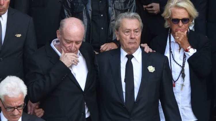 El funeral de la actriz Mireille Darc en la iglesia Saint-Sulpiceen París