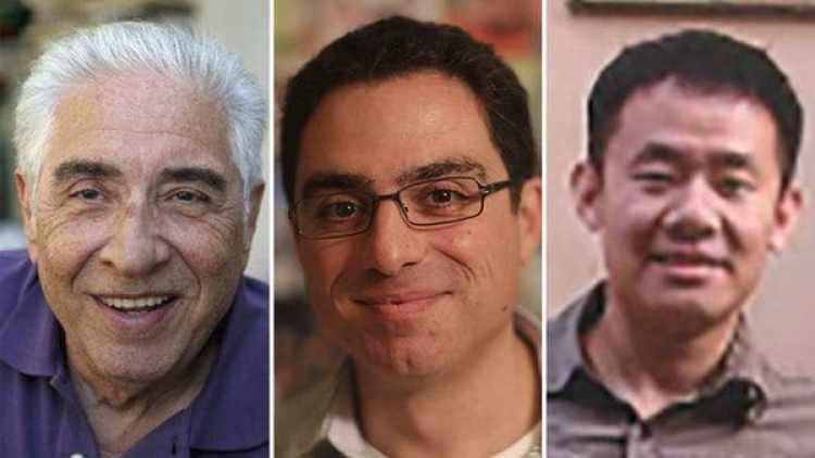Mohamad Bagher Namazi y su hijo Siamak Namazi, y Xiyue Wang,