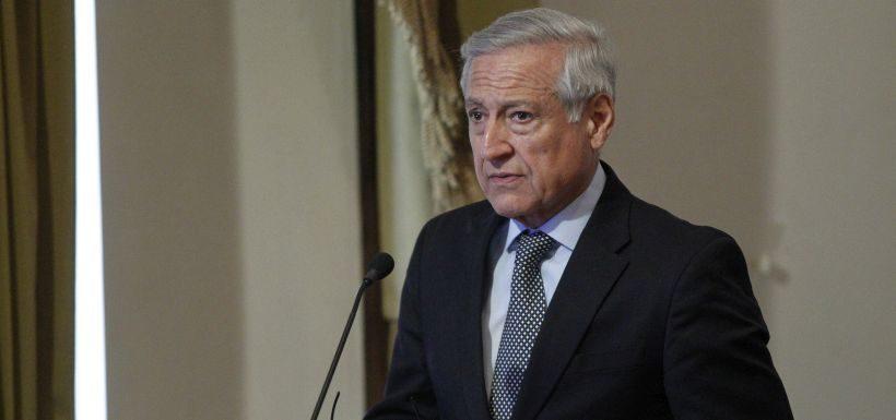 Canciller Heraldo Muñoz critica a Bolivia y a su técnico