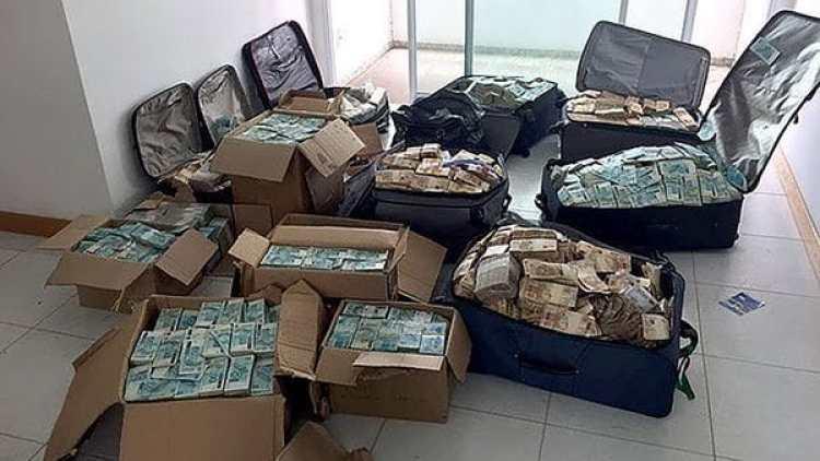 La Policía brasileña encontró este martes maletas y cajas repletas de dinero en un apartamento que era usado por el ex ministro Geddel Vieira Lima