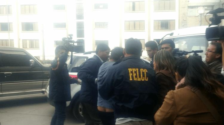 La Paz: Narcos abaten a policía y hay dos detenidos