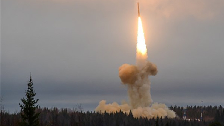 Rusia prueba un misil balístico intercontinental Yars