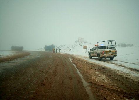 La fuerte nevada que cayó en el sector entre Irutambo y Japo, en la carretera hacia Cochabamba.