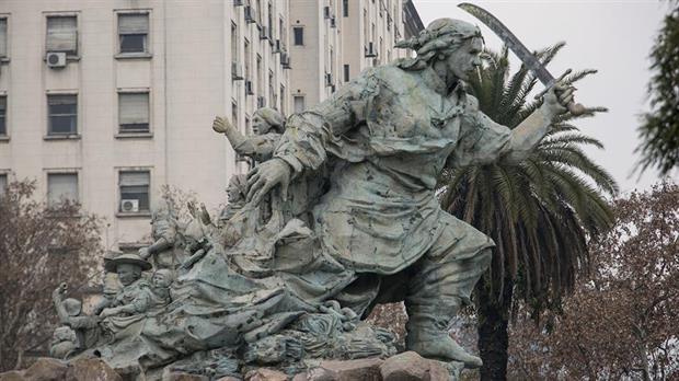 Aprobaron el traslado del monumento