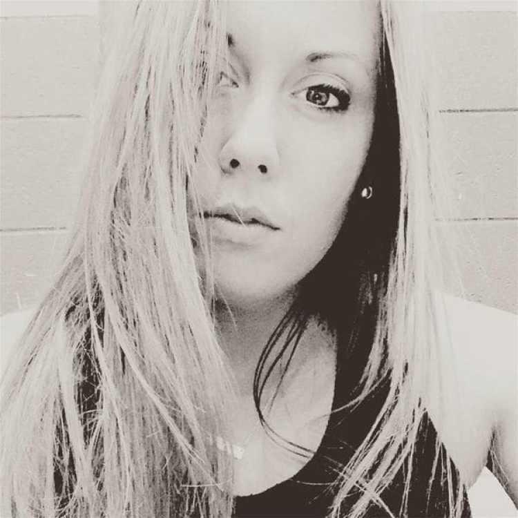 Jessie Goline confesó que tuvo sexo con cuatro de sus alumnos. Con dos de ellos la misma noche