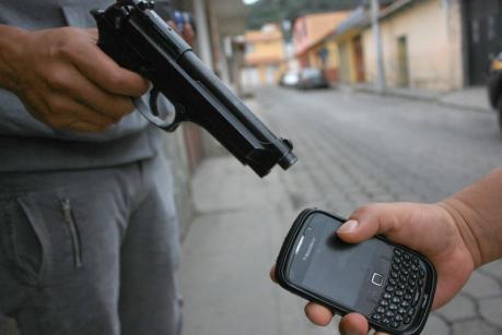 Resultado de imagen de robo de celulares