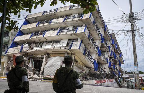 Se derrumban 6 casas en Juchitán por sismo de este sábado