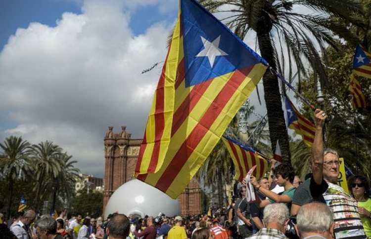 (AFP PHOTO / Josep LAGO)