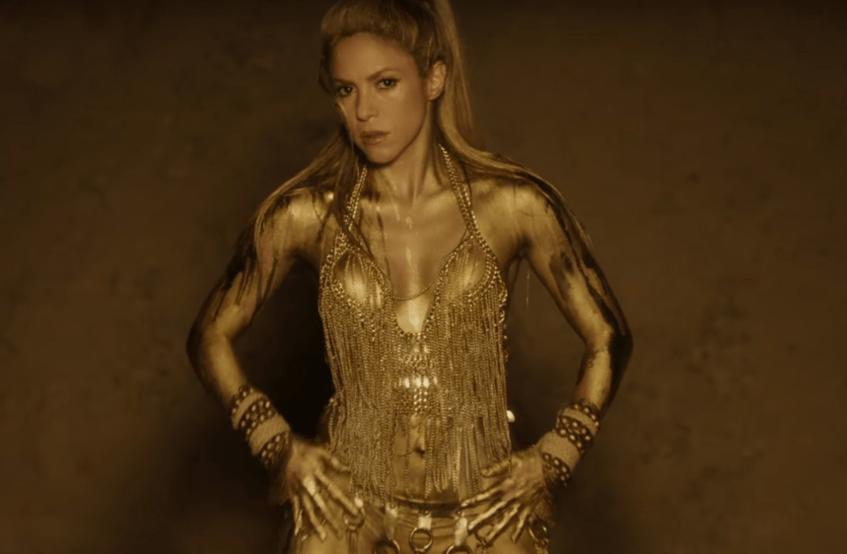 Shakira, en una captura del videoclip de su tema