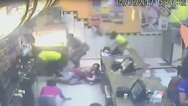 Ametrallan un Mc Donald's en Brasil porque no les dieron 40 hamburguesas gratis