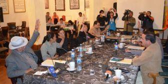 Aprueban investigación sobre 'Papeles de Panamá' y proyecto de ley contra uso de paraísos fiscales