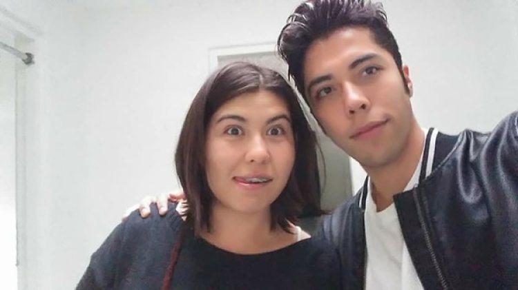 Anayetzin Damaris junto a su novio. La habían reportado como desaparecida el 6 de octubre.