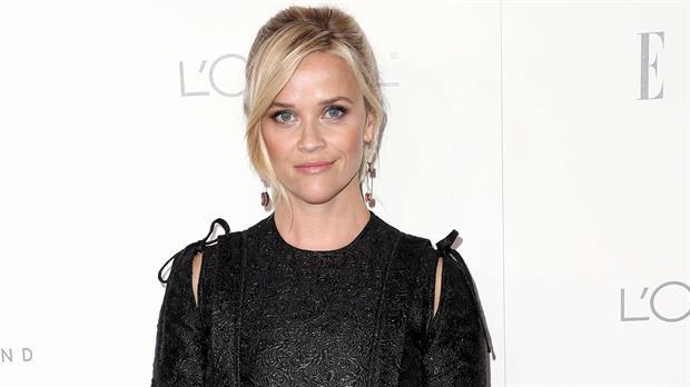 Reese Witherspoon decidió también romper el silencio y hablar sobre lo que le pasó a ella con un productor a los 16 años