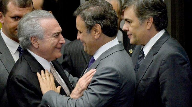 Michel Temer junto a Aécio Neves, otro político muy complicado (EFE/archivo)