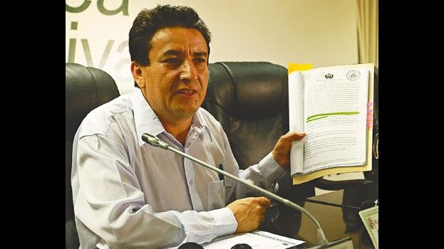 Resultado de imagen para asambleísta Alcides Vargas