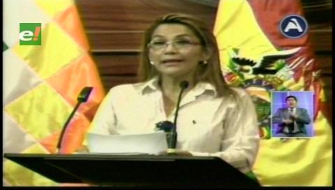 Senadora Añez denuncia al gobernador de Beni por la compra irregular de un dron