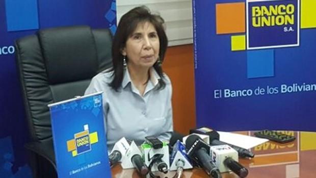 Echan a la gerente general del Banco Unión y Evo anuncia más destituciones