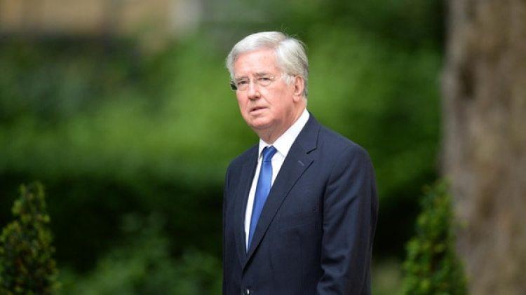 Michael Fallon, ex ministro que renunció por una denuncia de acoso sexual (AFP)