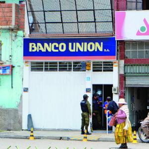 """Auditorias alertaron en mayo que cuentas contables en Banco Unión """"no cuadraban"""""""