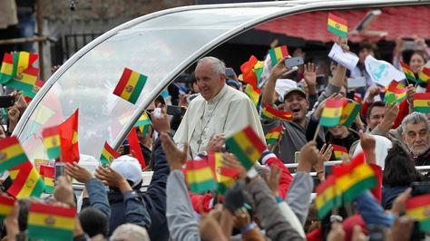 El papa Francisco durante su paso por Bolivia. Foto: Archivo EFE
