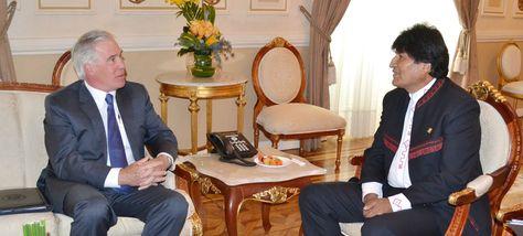 Peter Brennan y Evo Morales en un encuentro en el Palacio de Gobierno. Foto: Archivo