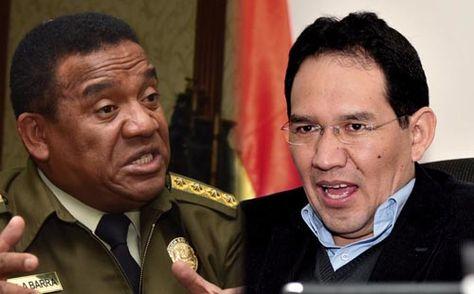 El comandante de la Policía, Abel de la Barra, y el fiscal General del Estado, Ramiro Guerrero.