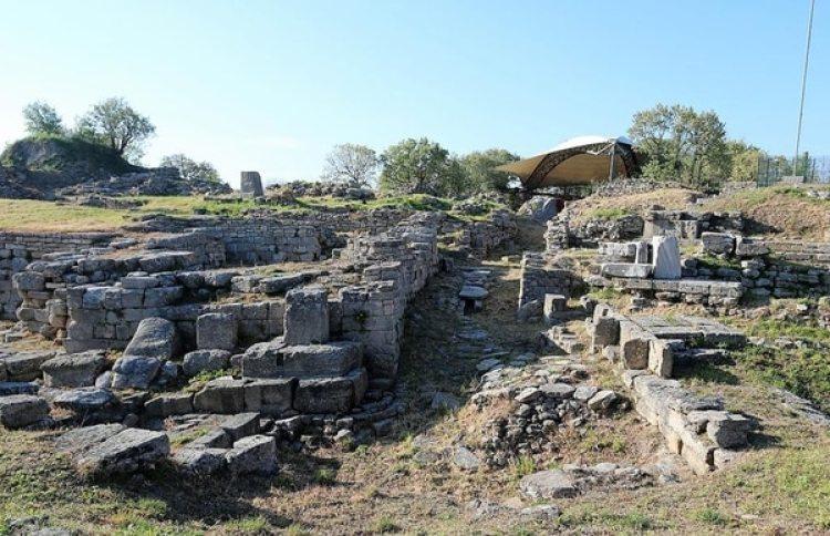Las ruinas de la supuesta ciudad de Troya en Canakkale, Turquía