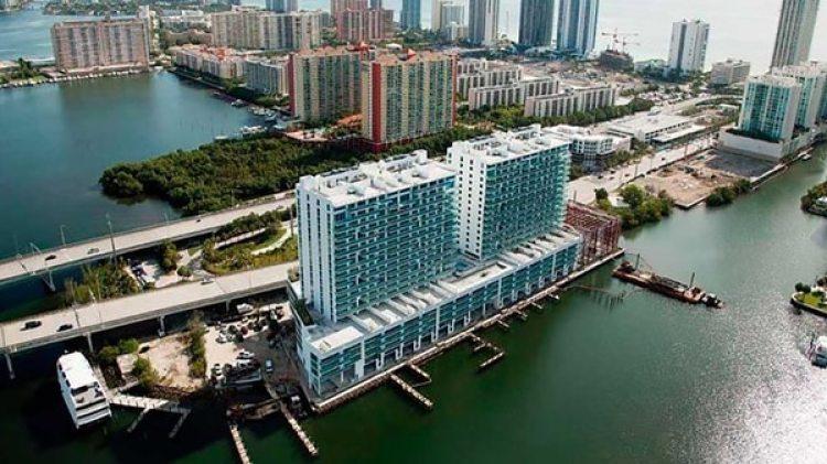 El condominio de lujo de Miami donde compró un apartmento Alejandra Barrales
