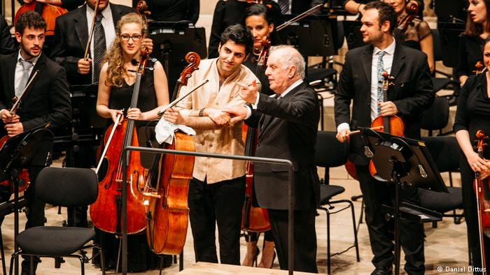 Pressebild Elbphilharmonie Kian Soltani & Daniel Barenboim (Daniel Dittus)