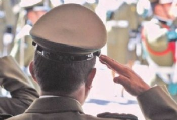 """El Ejército ordena """"retribuir"""" saludo pero sin sanciones"""