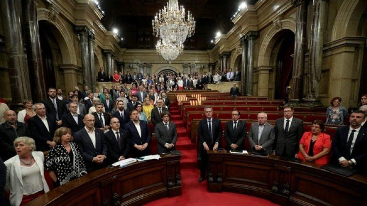 El Parlamento de Cataluña, con los independentistas ausentes (Reuters)