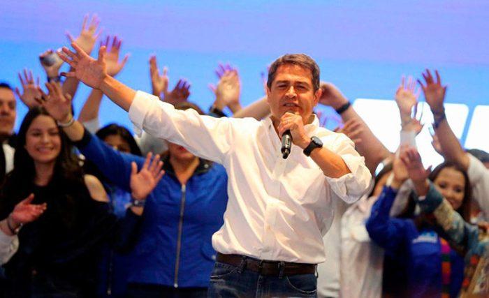 Presidente Hernández llama a la población a tener paciencia con los resultados del TSE