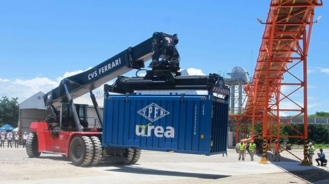 YPFB inicia exportación de fertilizantes a Brasil. Foto:YPFB