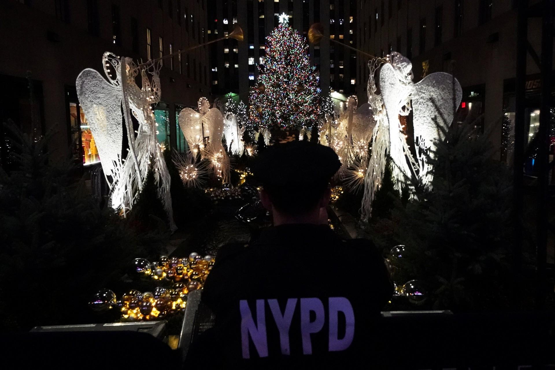 Las festividades de este año contaron con medidas de seguridad más estrictas luego del atentado terrorista del 31 de octubre en el que un hombre condujo una camioneta a una ciclovía cerca del World Trade Center, donde mató a ocho personas