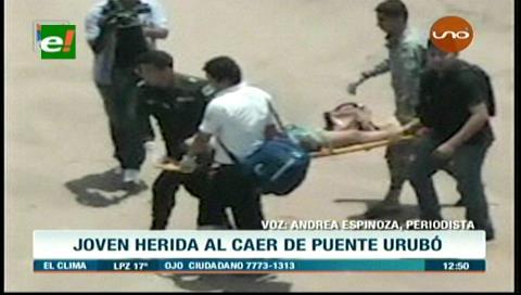 Joven herida al caer del puente del Urubó