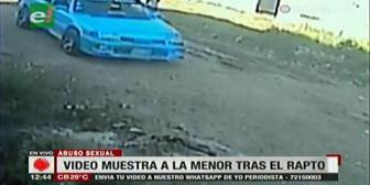 Adolescente escapa de un abusador sexual, video revela el vehículo del sujeto