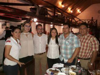 Esther Villegas, Carla Butleler, Sergio Jimenez, Dalila Montenegro, Raúl Gutierrez y Luis Zambrana