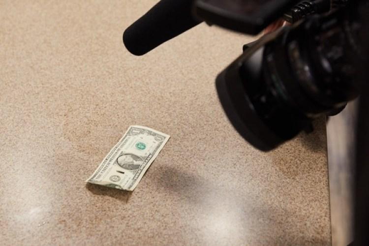Los microchips son tan pequeños como un grano de arroz (The Washington Post / Tim Gruber)