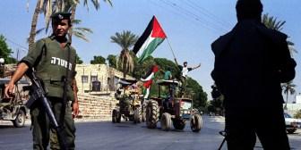 El movimiento Hamás declara el comienzo de la tercera Intifada