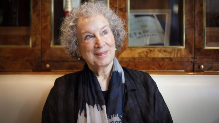 Margaret Atwood, durante la entrevista con Infobae. (Gentileza Editorial Salamandra)