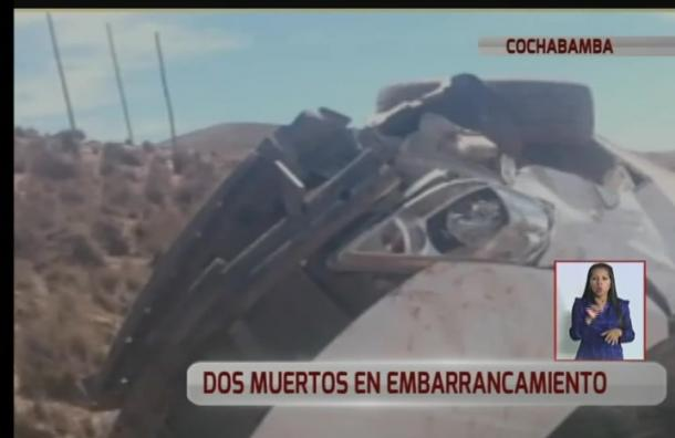 Una familia se embarrancó cuando regresaban de Chile