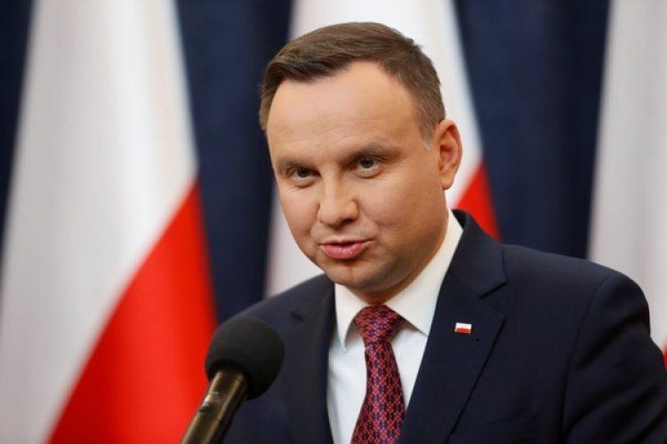 El presidente polacoAndrzej Duda durante una conferencia de prensa convocada después del anuncio de la Comisión (REUTERS/Kacper Pempel)