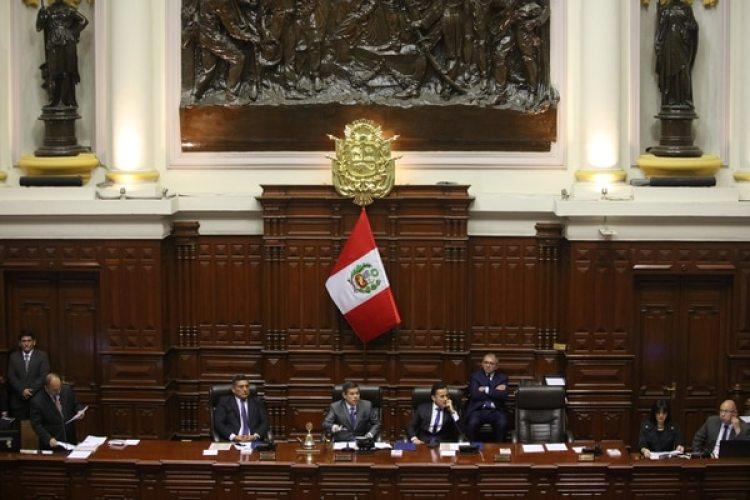 El titular del Congreso, Luis Galarreta, está cerca de asumir la presidencia y debería convocar a elecciones generales (Reuters)