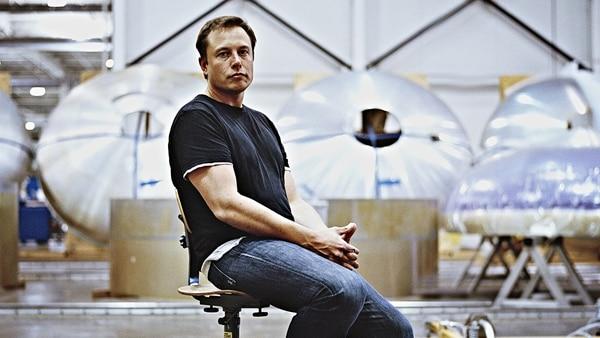 Elon Musk enciende la especulación sobre una 'pick-up' de Tesla